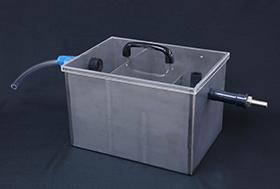処理水確認槽(大)